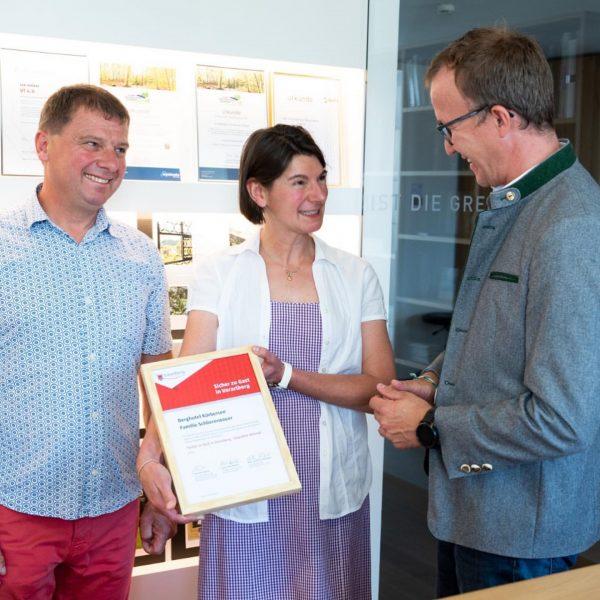 Heute konnten wir Familie Schlierenzauer vom Berghotel Körbersee in Schröcken als erstem Betrieb ...