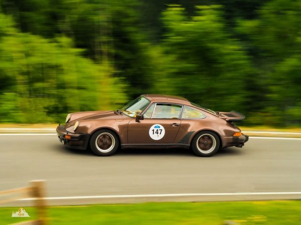 There were way to many Porsche 911s at this years Silvretta Classic Rally, ...