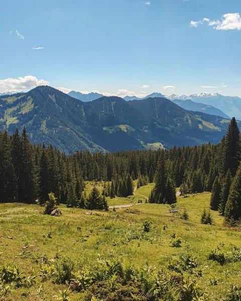 Laternsertal 🌞🥾⛰ - vielfältige Naturlandschaften, kleine Bergseen, viele gemütliche Alpen und ganz viel ...