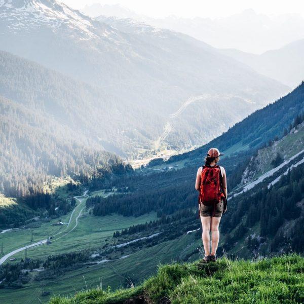 Wie schön ist es, am Berg zu stehen und einfach nur die Aussicht ...