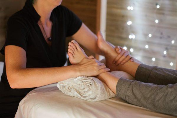 💆Massage-Aushilfe für August gesucht! 💆 Du machst vielleicht gerade eine Massage-Ausbildung oder bist ...