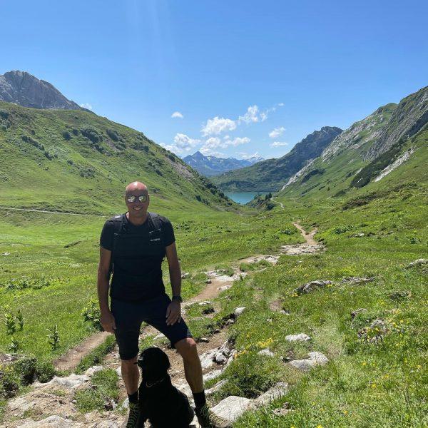 Auszeit #hotelarlberglech #lech #lechtal #instadog #hiking #view #mountains #relax #austria Lech, Vorarlberg, Austria