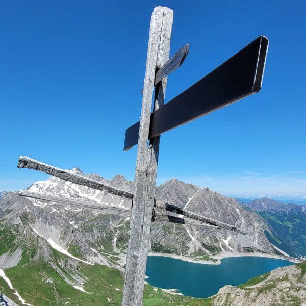 Westlicher (2452m) und Östlicher Rossberg (2466m). Kirchlispitzen (2551m).  Ab Talstation Lünerseebahn, Böser ...