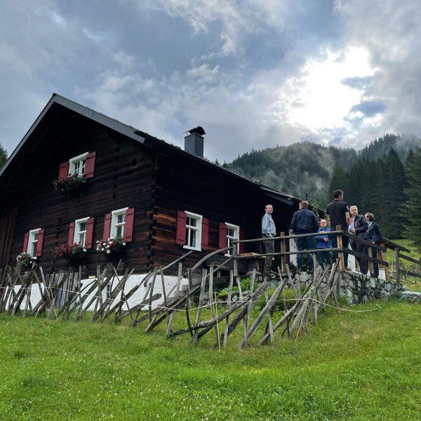 Besichtigung des Maisäss und der Alpe Valisera in Gargellen vom Stand Montafon. Daniela ...