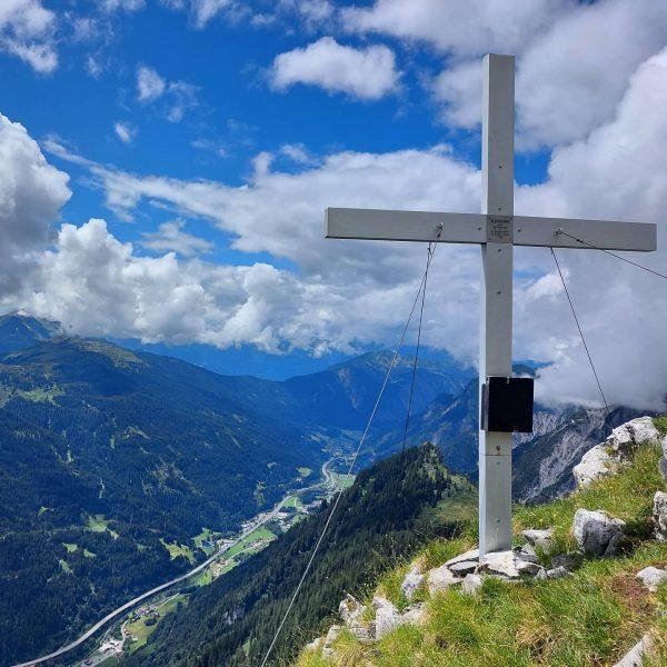 Sunny side of life ⛰ Mountain Love 😍💕 #vorarlberg #blisadona #montafon #bludenz #bregenz #mountains #berg #bergliebe #mountainlove...