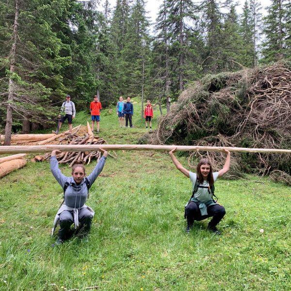 Wer braucht schon einen Kraftraum - die Natur bietet uns alles 😎💪🏼#skizuers #lechzuers #stantonamarlberg #danke #stubenamarlberg #skiarlberg...