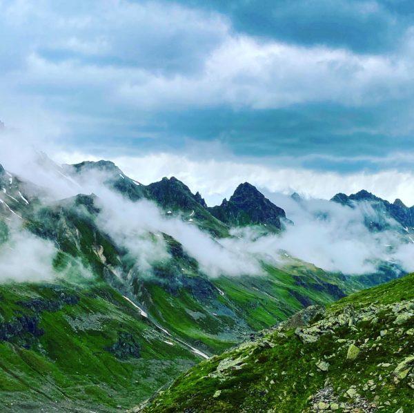 Schlechtes Bergwetter ist oft trotzdem gutes Wetter zum fotografieren #wolken #silvretta #alpen #bielerhöhe