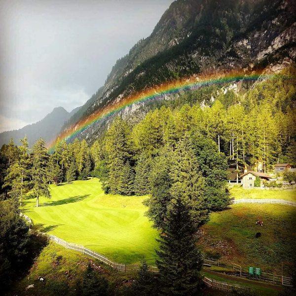 Mega schön. Auf Regen ☔ folgt Sonne ☀. Unser Golfplatz ist durch die ...