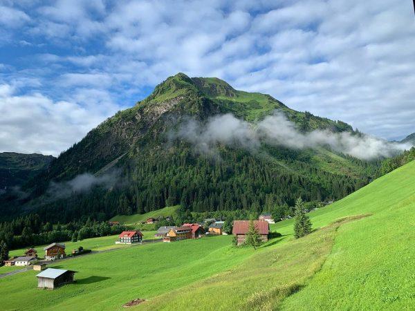 Guten Morgen! ☀️😃 #kleinwalsertalerrosenhof #kleinwalsertal #mittelberg Der Kleinwalsertaler Rosenhof