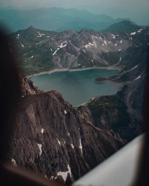 🔝 Thanks @fabioschepis_ ➖➖➖➖➖➖➖➖➖➖➖➖➖➖➖➖➖➖➖➖ #pilot #flying #pilotview #aviation #favouriteview #lünersee #generalaviation #aviationlife #photography ...