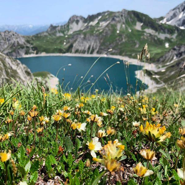 ✨✨✨ Wie kann man die Berge nicht lieben?? Wunderschön, der Lünersee, die Perle ...