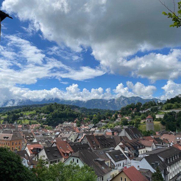 Heute ging es von Walenstadt in der Schweiz 🇨🇭 einmal durch Lichtenstein nach ...