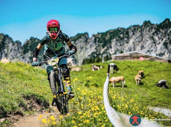 🎉 Тысяча чертей! Тфу ты! 1000 подписчиков! 🎉 #happy #alps #mountains #mountainlife #mtb ...