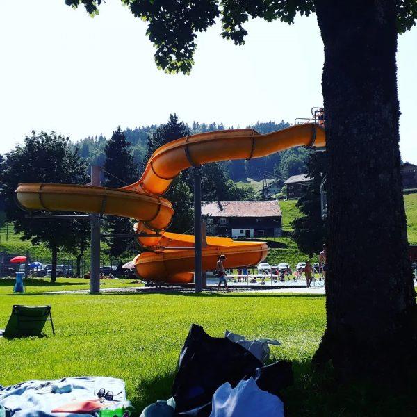 #schwimmbadhittisau #sommerferien #sommersonnesonnenschein #bregenzerwald #Ferienwohnungpeter #visitvorarlberg #schwarzenbergtourismus Schwimmbad Hittisau
