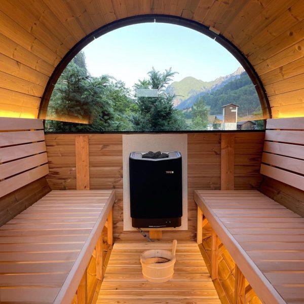 Guten MORGEN ☀️⛰☀️ #saunatime #startindentag #blauerhimmelsonnenschein #morgentau #woopeckerchalet #kloesterle_am_arlberg #klostertal #unserarlberg