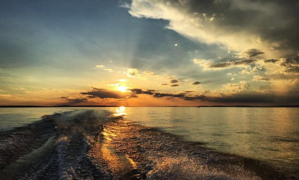 . Evenin' mood ... 💫 . . . #sunset #sunsetporn #mood #goodvibes #sky ...