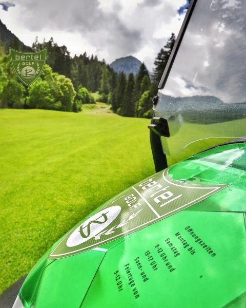 Hier noch unser Öffnungszeiten vor wunderschöner Natur😍 #öffnungszeiten #naturpur🌳 #naturliebhaber #golfplatz #bergeösterreichs #waldliebe ...
