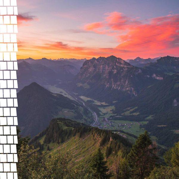 Ein Blick um's Eck zeigt uns die wunderbare Morgenröte über unser schönes Mellau und die markante Kanisfluh...