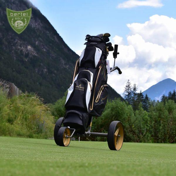 Let's be golden💫 TiCad startet in die neue Golfsaison 2021 mit besonders edler ...