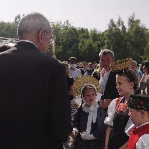 """""""Ich erkläre die @bregenzerfestspiele, die uns so viel Freude bereiten, hiermit für eröffnet!"""" –– Bundespräsident Alexander Van..."""