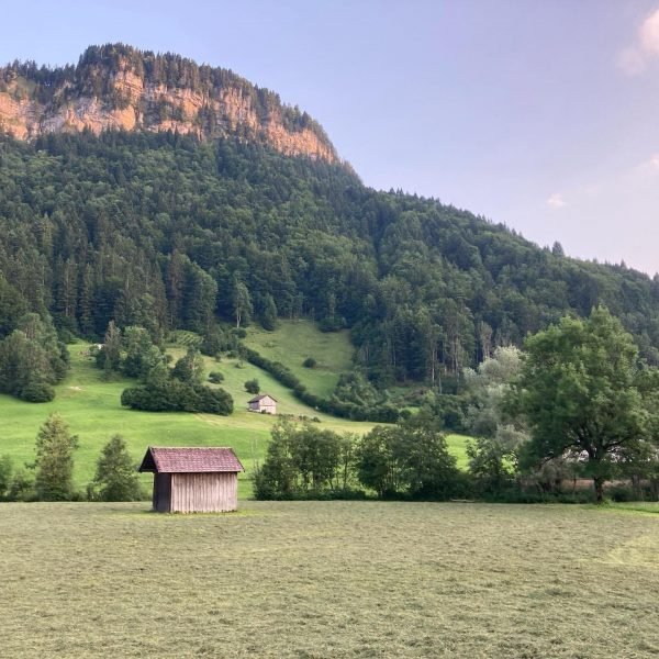 Päuschen. ⛰🥱 #bregenzerwald #bizau #reuthe #berg #berge #bregenzerwald🌲🌲 #bezau #mellau Reuthe, Austria