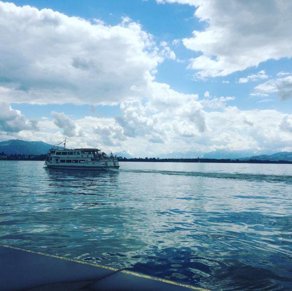 Heute Rundfahrten in der Bregenzer Bucht ab Hafen Bregenz! Wunderbare Aussicht, Fahrtwind und ...