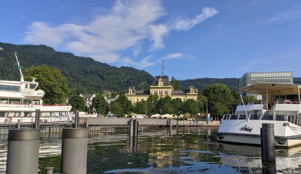 . V Bregenzu, který leží v západním výběžku Rakouska u hranic se Švýcarskem, ...