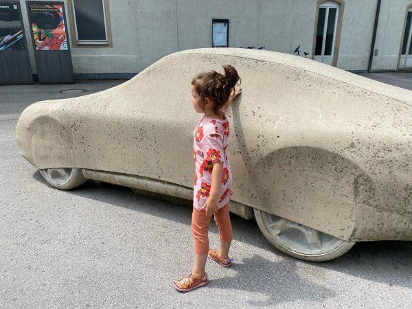 Hey, what's up? #betonporsche #gottfriedbechtold Kunsthaus Bregenz