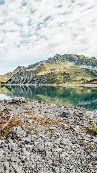 Die Natur malt uns die schönsten Bilder. ⛰🌿 ☁ #bergemitwow Warst Du am ...