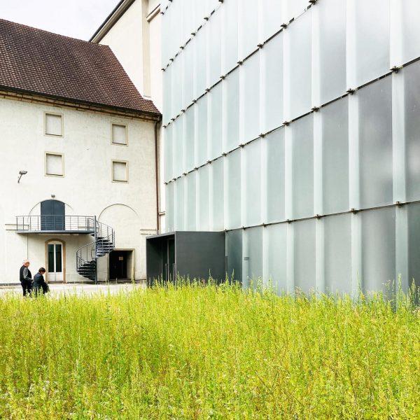 #museum #kunsthaus #archilovers #architecture #peterzumthor #swissarchitect #kunsthausbregenz #bregenz #austria Kunsthaus Bregenz