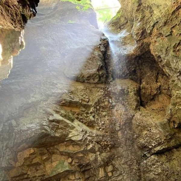 Fact 2: Die Breitachklamm ist die tiefste und eine der imposantesten Felsenschluchten Mitteleuropas. ...