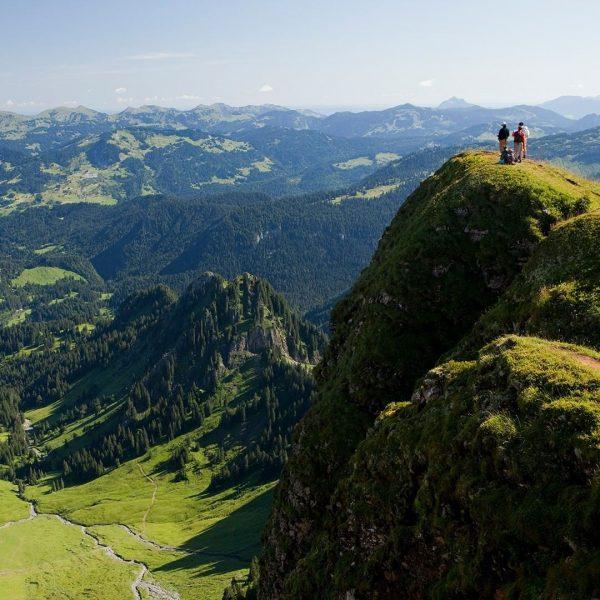 Ab in die Berge ⛰ Unser Vorschlag: Eine Fahrt mit den Bergbahnen am ...
