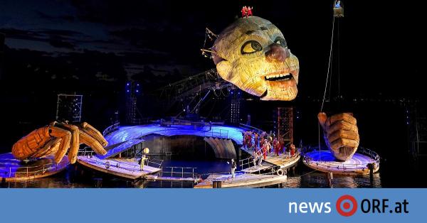 Über ein Jahr starrten seine großen Augen auf die Festspieltribüne am Bodensee, jetzt ist der Riesenclown in...