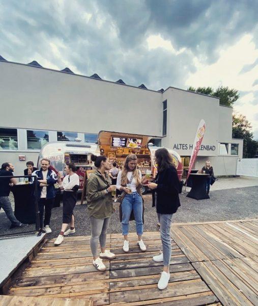 finally back at it 🎤🎶 @poolbarfestival @sharktanksharktank #vomfeinsten #live #concert #music #girlsgirlsgirls #feldkirch ...