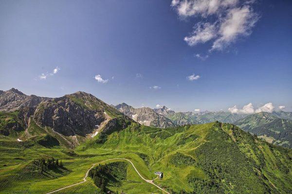 #kanzelwand #kanzelwandbahn #kanzelwandaussicht #fellhornkanzelwand #österreich #riezlern #kleinwalsertal #austria #landscape #landscapephotography #nature #naturelover #aussicht ...