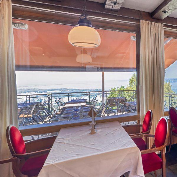 Das Burgrestaurant bietet ein kulinarisches Verwöhnparadies mit abwechslungsreichen Angeboten. Das perfekte Ambiente, um ...
