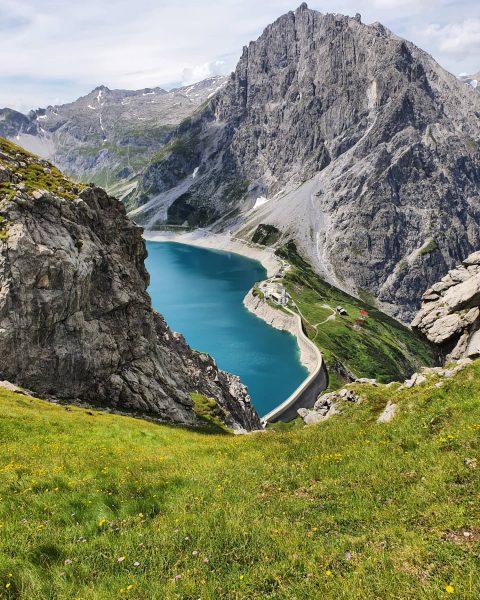 Unterwegs am #Lünersee 🇦🇹🇦🇹🇦🇹🇦🇹🇦🇹🇦🇹🇦🇹🇦🇹🇦🇹 #Brandnertal #Montafon #BestMountainArtists #VorarlbergWandern #vorarlberg #visitvorarlberg #meintraumtag #weloveaustria #visitaustria ...