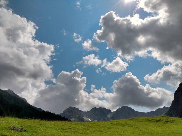 Yay ✌️🤩🥳😎 #trailroyal #outdoor #berge #mountains #kleinwalsertal #outside #nature #landscapephotography #naturephotography Kleinwalsertal Österreich