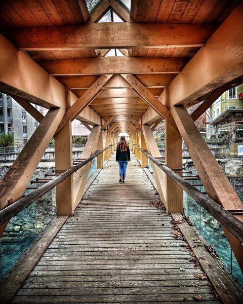 🎼 Über sieben Brücken musst du gehen ..... 🎼 #feldkirch #brücke #stadt Feldkirch, ...