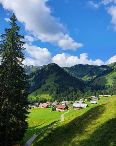 🇦🇹 Na regen komt zonneschijn - - Ook in Oostenrijk gaat dit gezegde ...