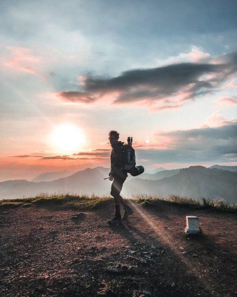 Hohe Kugel Sonnenuntergangswanderung 🏕️ #hohekugel #austria #österreich #zelten #wandern #hiking #sunrise #mountainlovers #sunrise ...