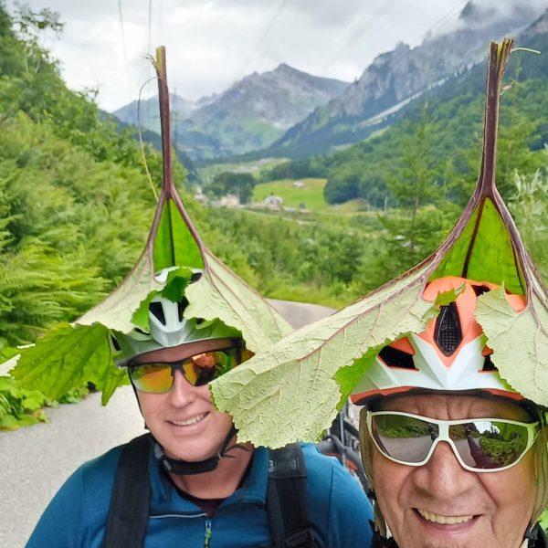 Regenschutz #klostertal #alpenenzigast #biketour #rainprotection #crazyguys Klösterle, Vorarlberg, Austria