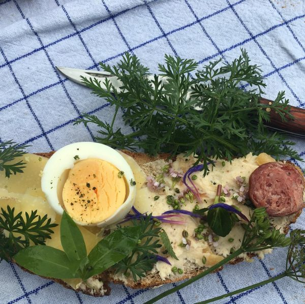 HokusFokus; LechErschmecken und dazu ein belegtes Brot mit Ei 🤘Ei. Ist's am Lech ...