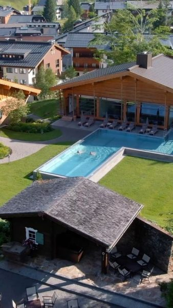 Relaxing morning swim in our panorama pool ☀️📯 . . . #postlech #summerseason ...
