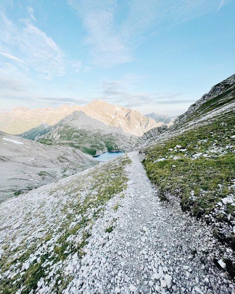 Summerdays 🤍🌿 #rotewandgourmethotel #summervibes #mountainvibes #bergliebe #lechzuers Lech Zürs am Arlberg