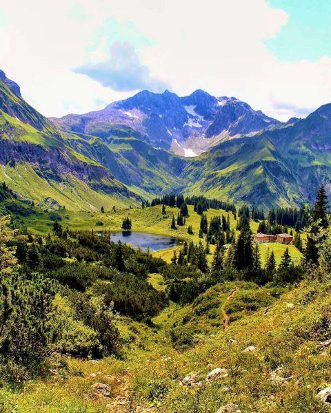 #körbersee #bregenzerwald #schröcken #hochtannbergpass #bergliebe #visitvorarlberg #lifeisbetterinthemountains #alps #hiking #alpen #wandern #outdoor #visitbregenzerwald ...