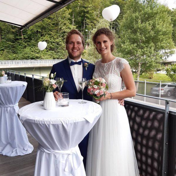 Gestern durften wir die Hochzeit von Alexandra & Adrian ein Stück begleiten und ...