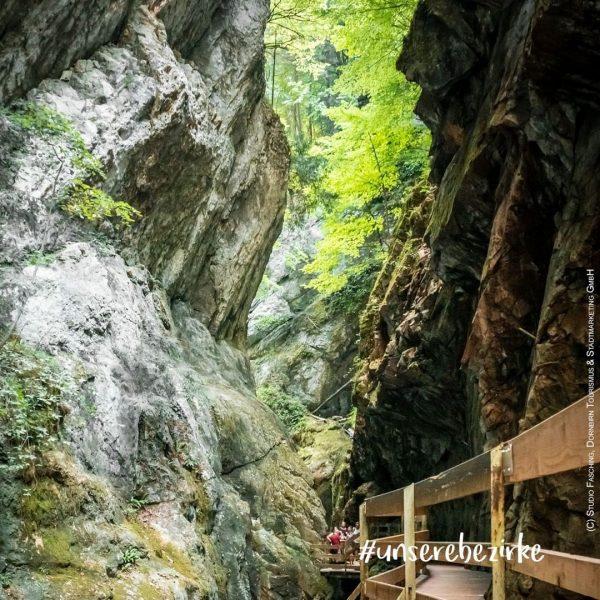 #unservorarlberg #unserebezirke #gewinnspiel Zu guter Letzt besuchen wir auf unserer Bezirksreise die Alplochschlucht ...