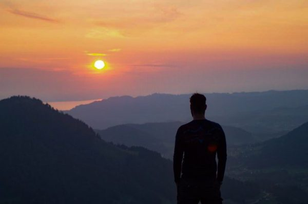 Subset or sunrise? . 📍Renkknie, Vorarlberg . . . _____ #renkknie #sibratsgfäll #vorarlberg ...