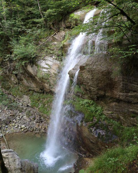 Wasserfall Alberschwende #wasserfall #waterfall #alberschwende #wandern #hiking #hikingadventures #hike #wandermachtglücklich #wanderliebe #visitvorarlberg #vorarlberg ...